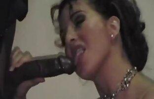 آبدار, دخترک معصوم, در خدمت یک تلگرام شبکه سکسی میزبان از شهوانی دیوانگان