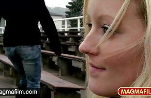 زیبایی سیاه کانال فیلم سکسی برای تلگرام و سفید در زیر آفتاب شیرین سرخ شده است